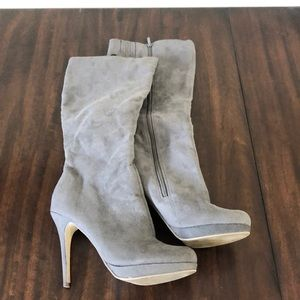 JustFab Grey Knee High Heeled Boots size 11
